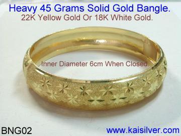 heavy gold bangle custom made by Kaisilver