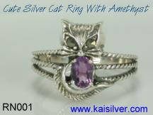 sterling silver cat ring with gemstone