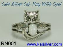 custom opal ring, the cat ring with opal gem stone