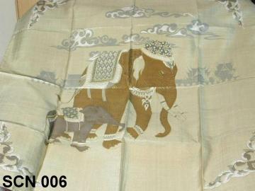 Scarf pattern animal design